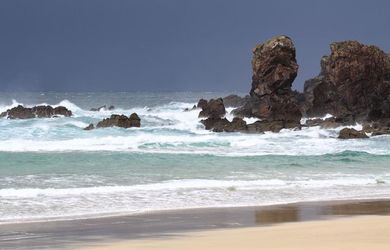 Rain moves in at Dail Mor Beach