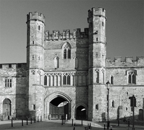 Gatehouse of Battle Abbey