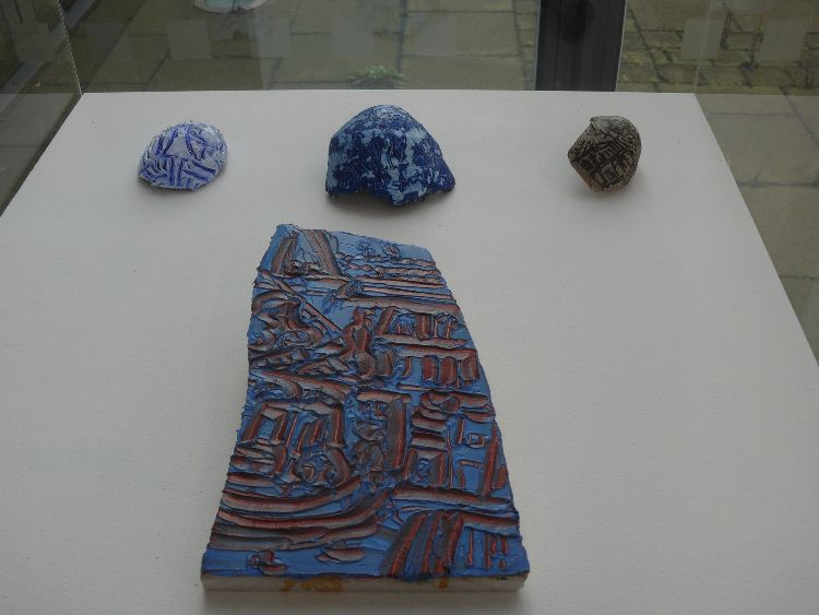 3 Fossils commonly found in Ironstone, also feature on Scunthorpe coat of Artms