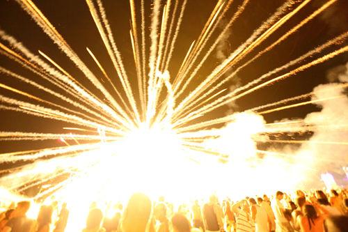 firework into crowd
