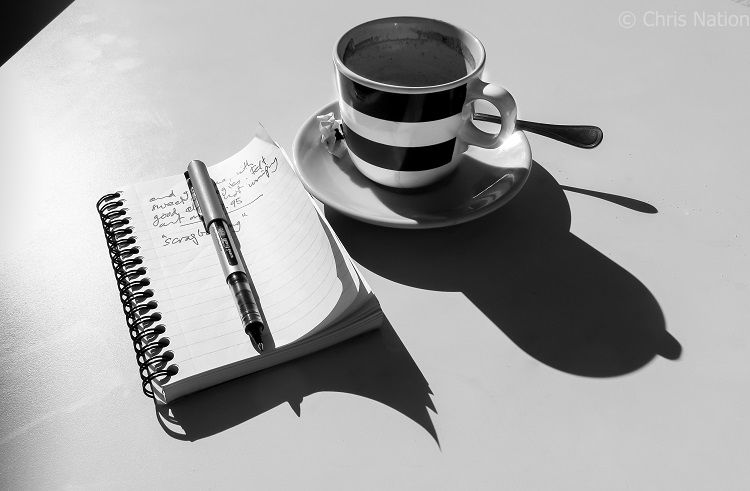 Cup and notebook. Valencia. SP. NR40