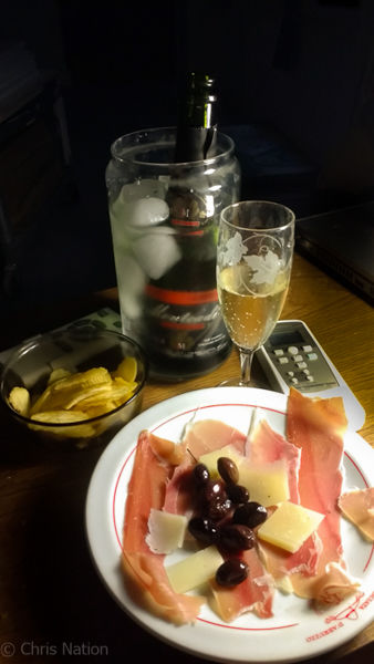 Tapas and cava
