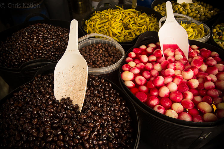 Olives, onions and chillies