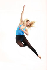 dance 8