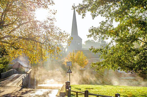 Riverside Autumn mists Eynsford kent
