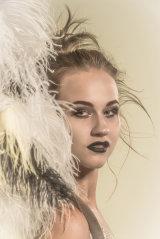 Tatjana feathers
