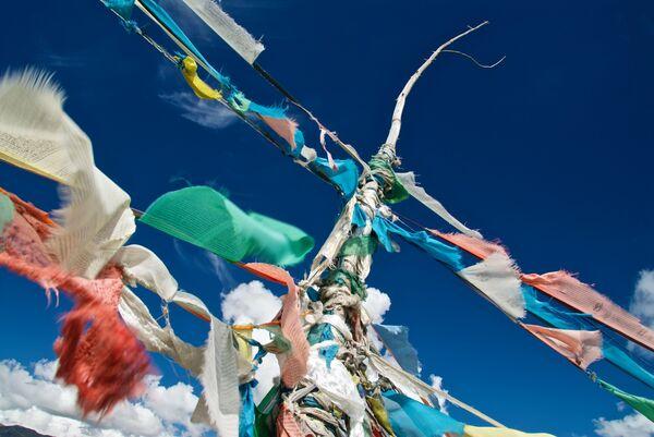 prayer flags Tibet