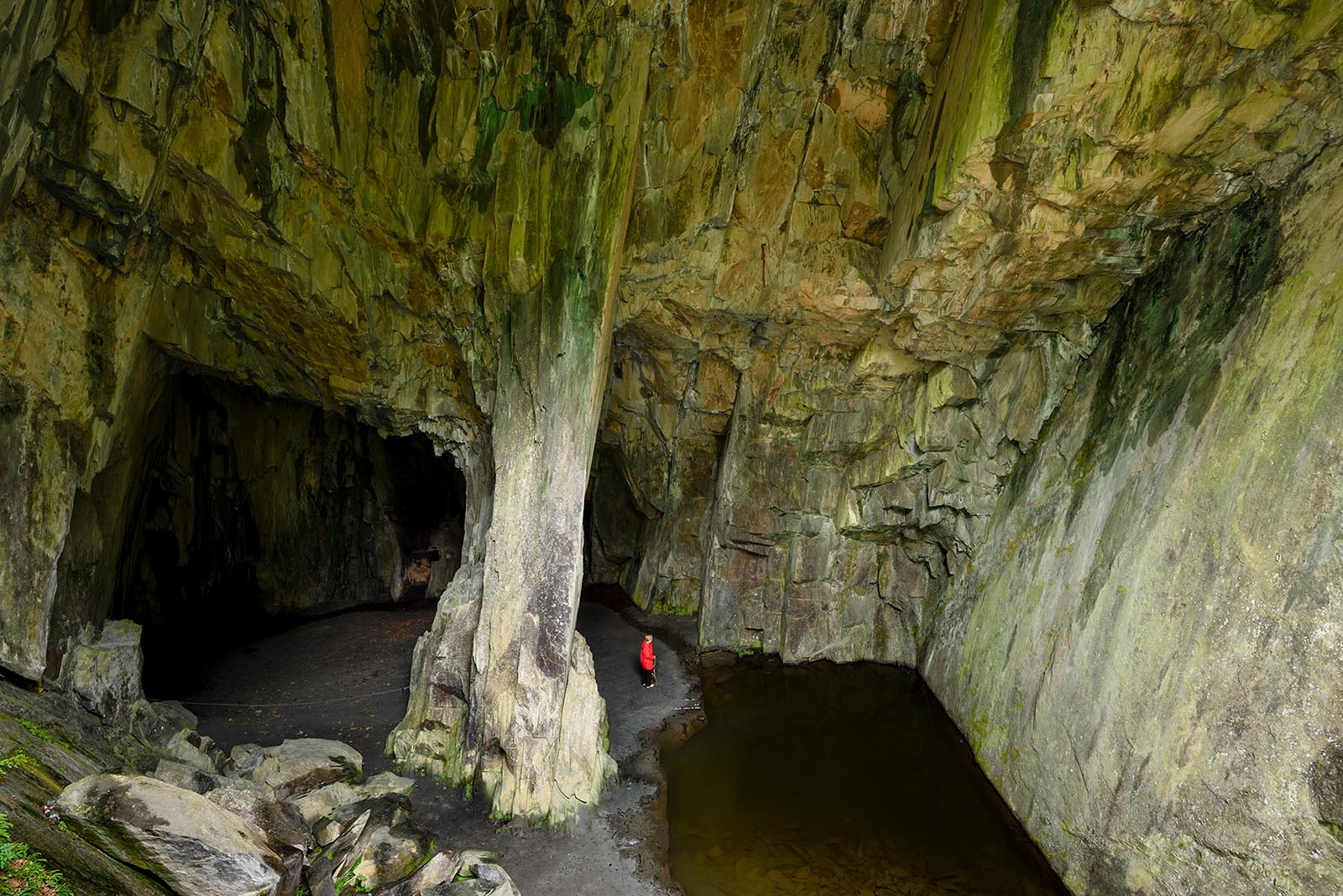 Cathedral Cave 1