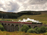 Flying Scotsman heading over Dent Viaduct