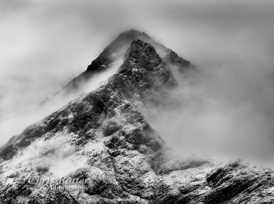 Sgurr nan Gillean snow and cloud