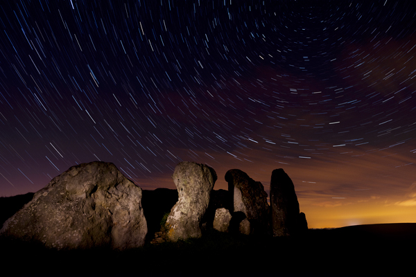 Startrails, West Kennet long barrow