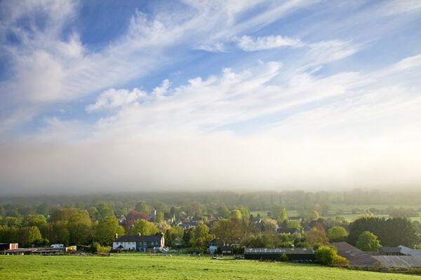 Clearing mist, Wylye