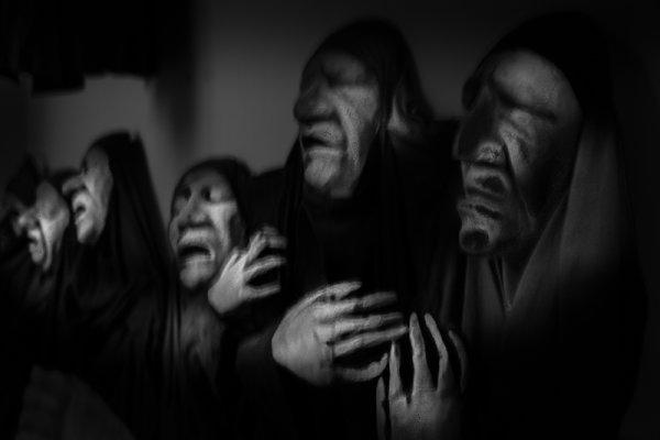 Wailing nuns
