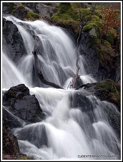 WATERFALL TARN HOWS