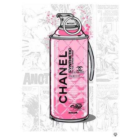 'Brand Grenade' Chanel<span style=