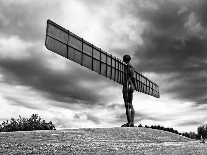 Angel of the north0053b&w