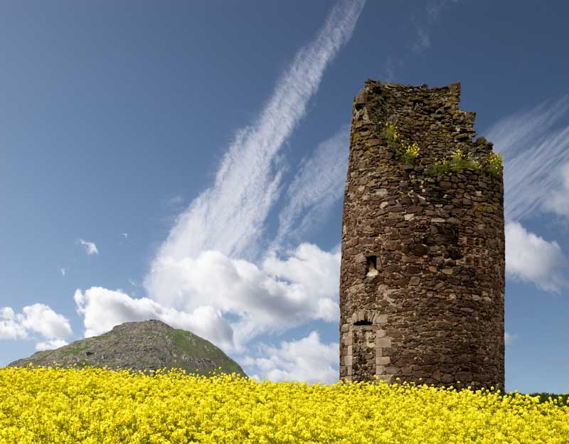 Berwick law and mill tower0083