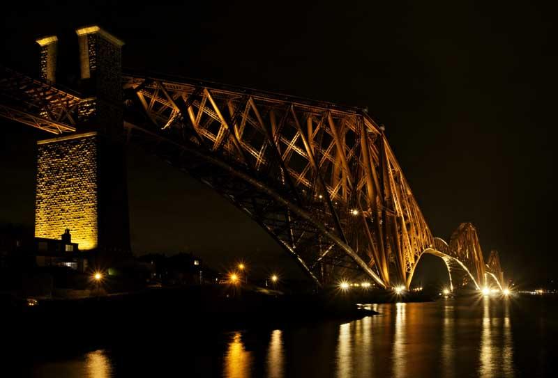 Forth bridge night0031