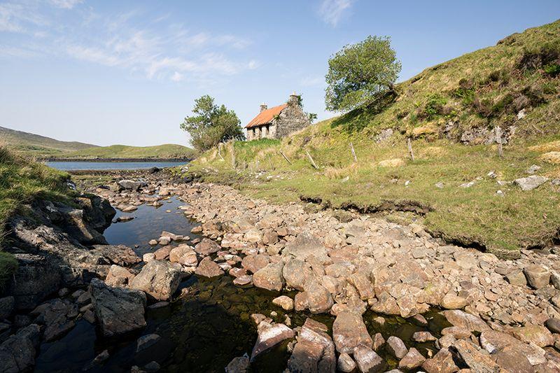 Loch Mharaig ruin 500077