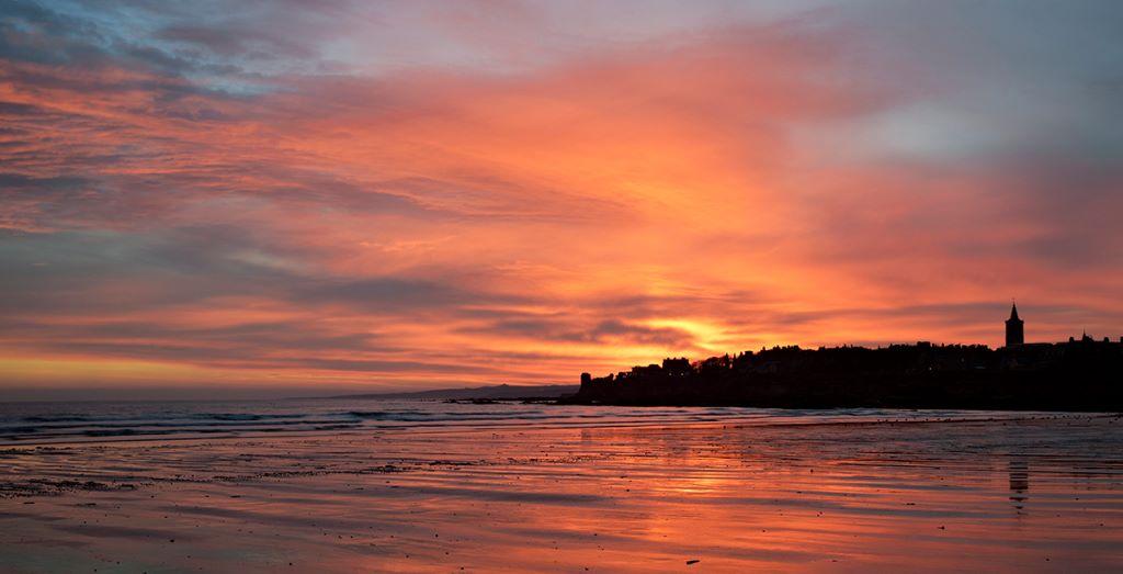 St Andrews West sands dawn0031-32