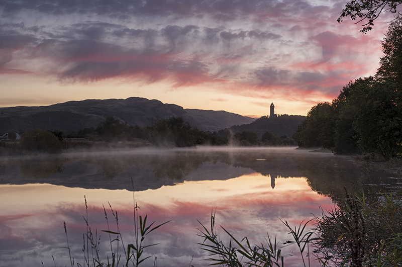 Wallace monument misty dawn500037-41