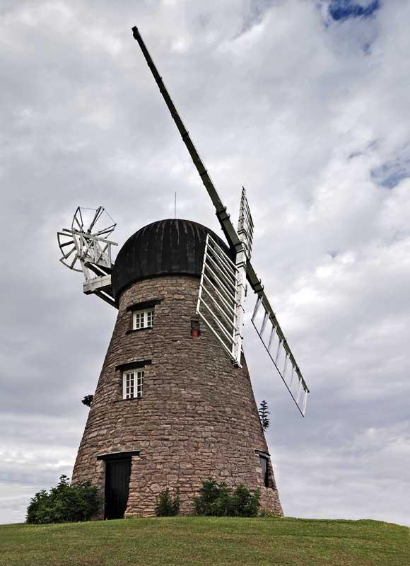 Whitburn windmill0006