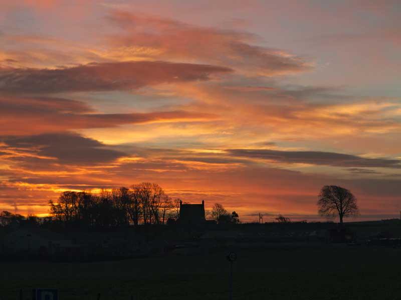 Kincaple farmhouse sunrise0002