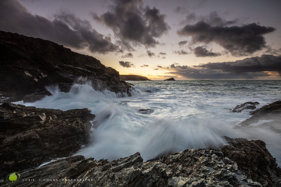 Cove Waves - Pentire