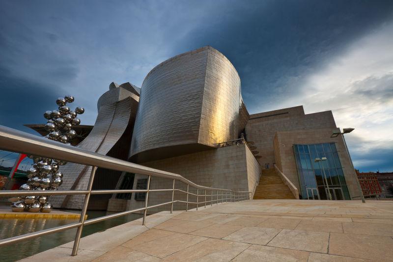 Guggenheim Imposing