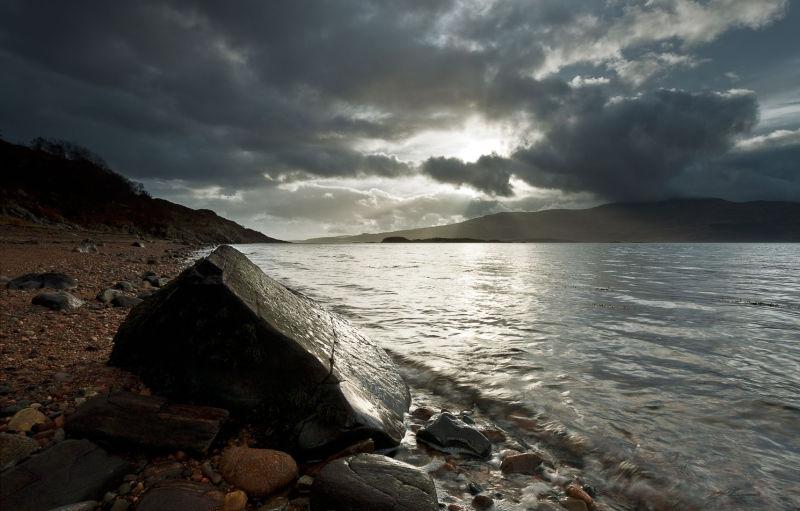 Inninmore cloudscape & rocks