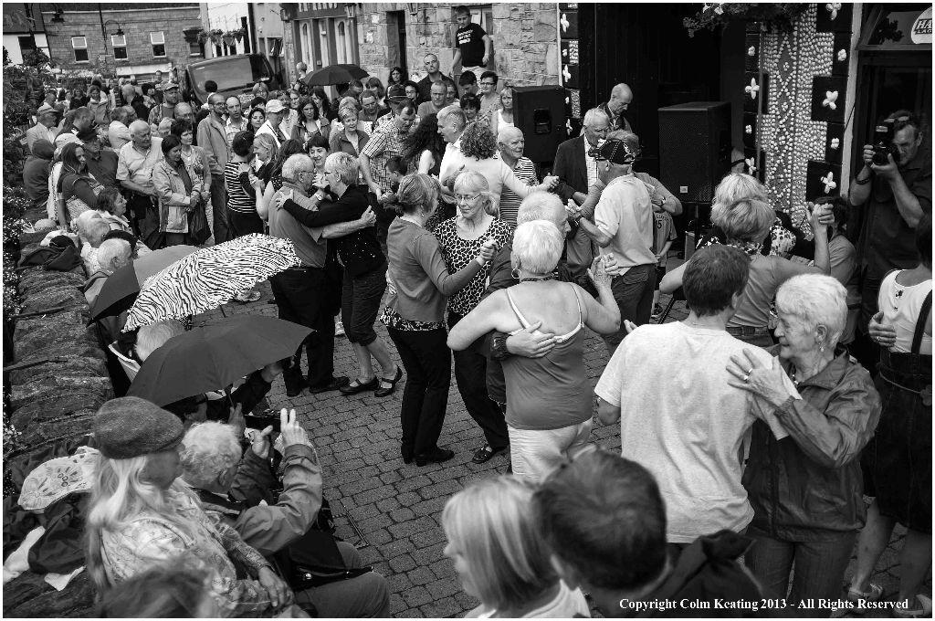 Set Dancing on High Street.