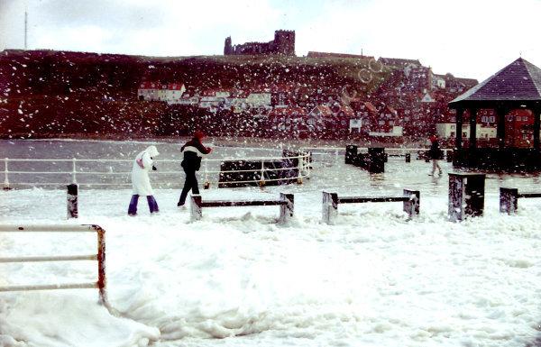Foaming Snow !