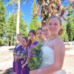 bride & brides maids in   row 0073