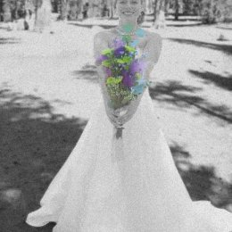 bride with flowers bw 0078