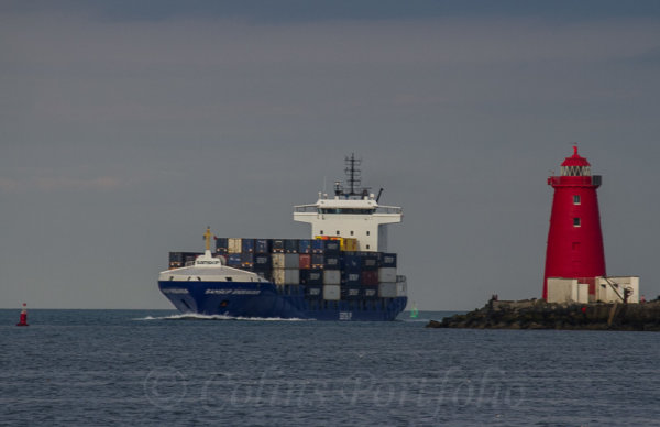 "Container vessel ""Samskip Endeavour"" passing the Poolbeg lighthouse inbound to Dublin port"