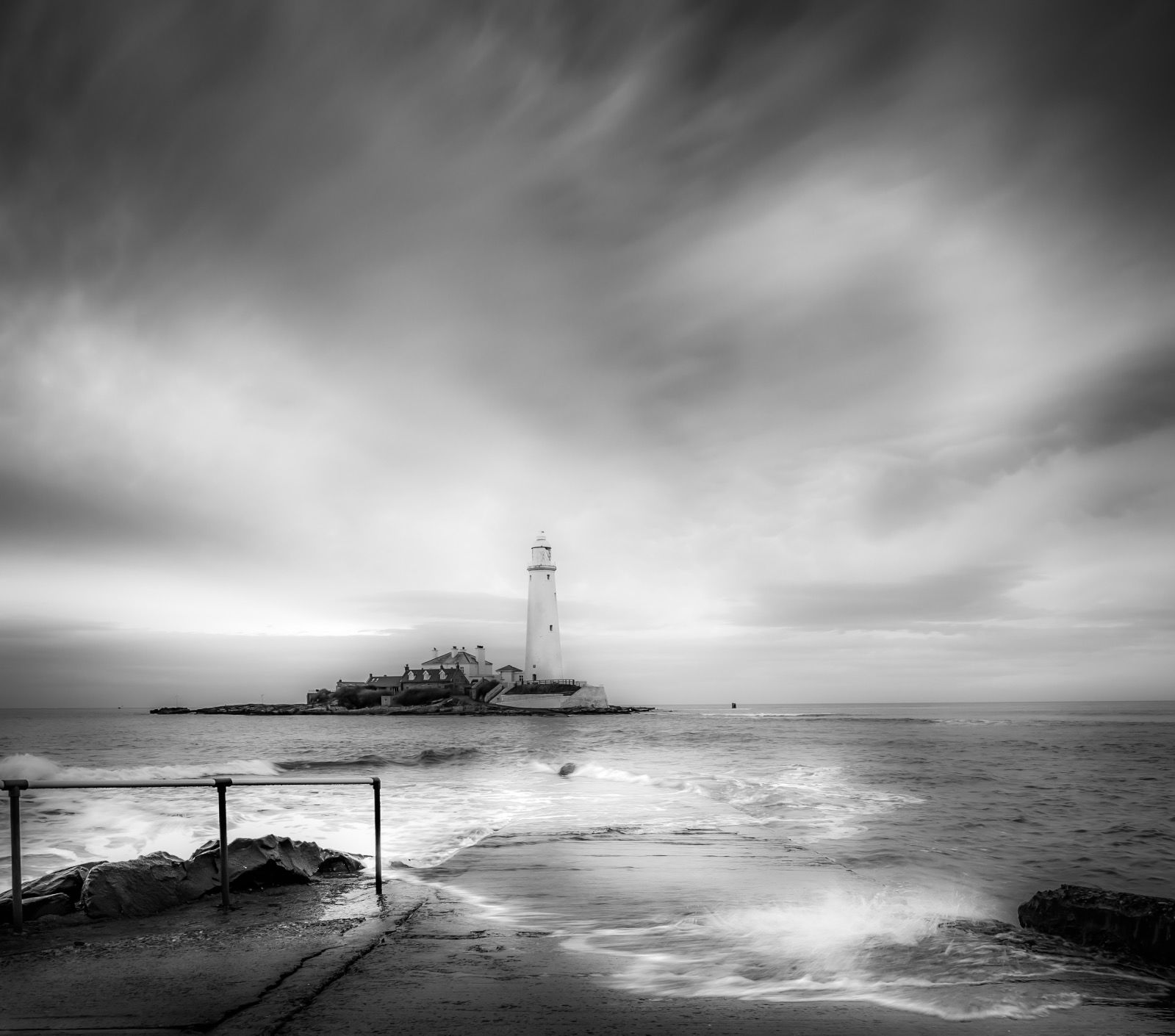 St.Mary's Lighthouse Causeway