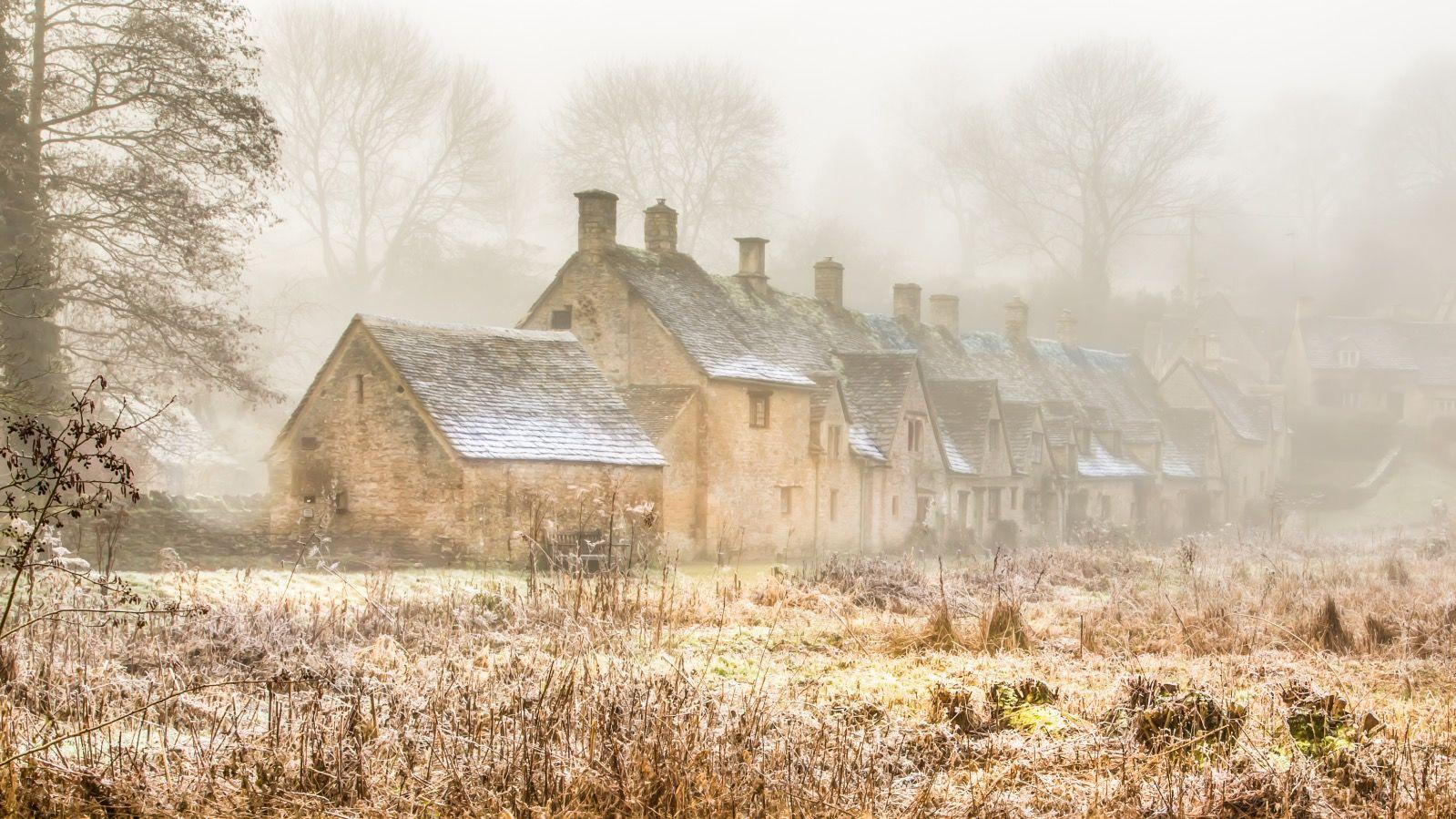 Arlington Row in Winter Bibury
