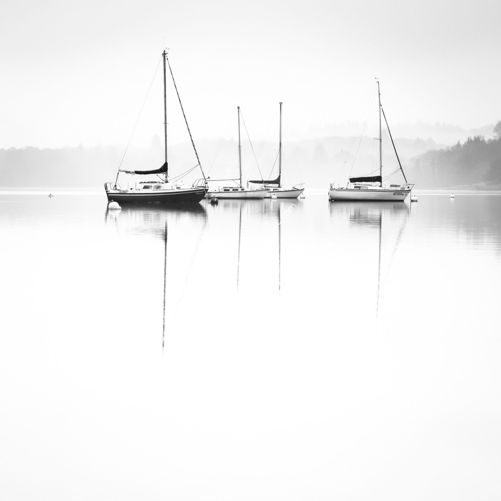 Boats mist on Windermere