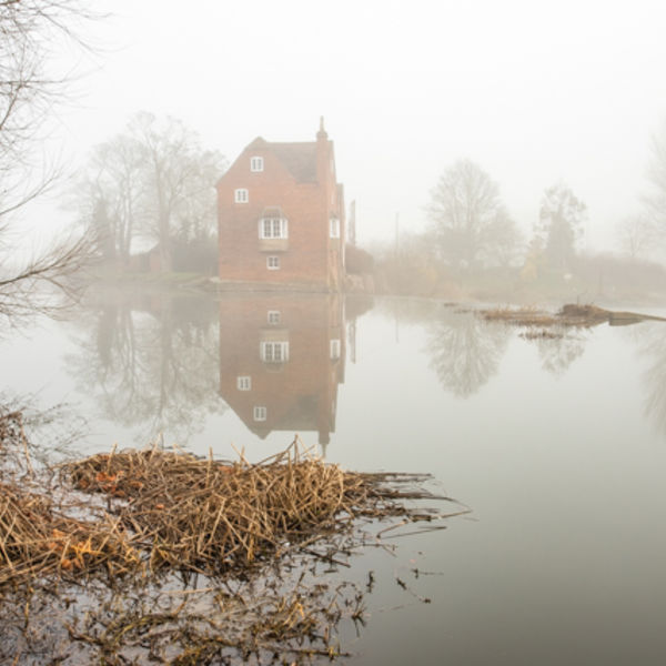 Fog over Fladbury Mill