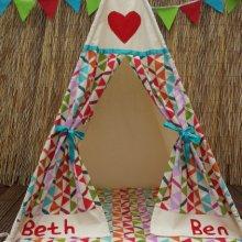 Play tent /Teepee / wigwam
