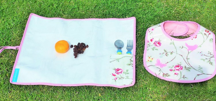 Baby accessories bib and snack mat (2)