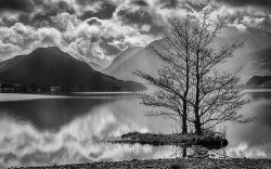 Rays over Crummock by Jason Willis - Commended