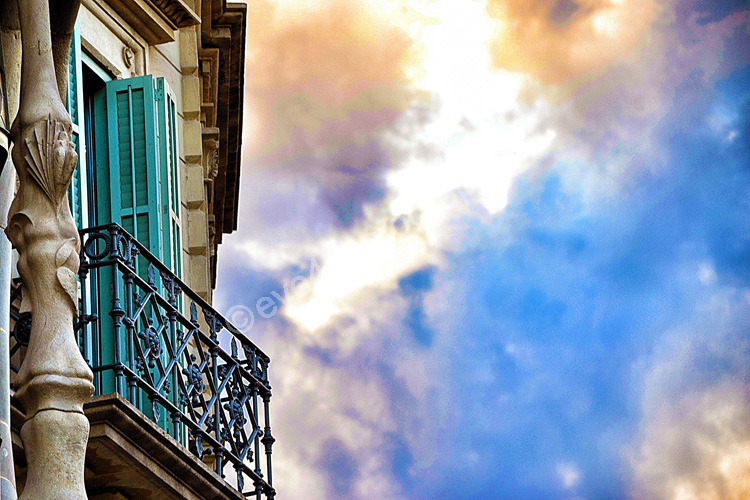 Gaudi Sky