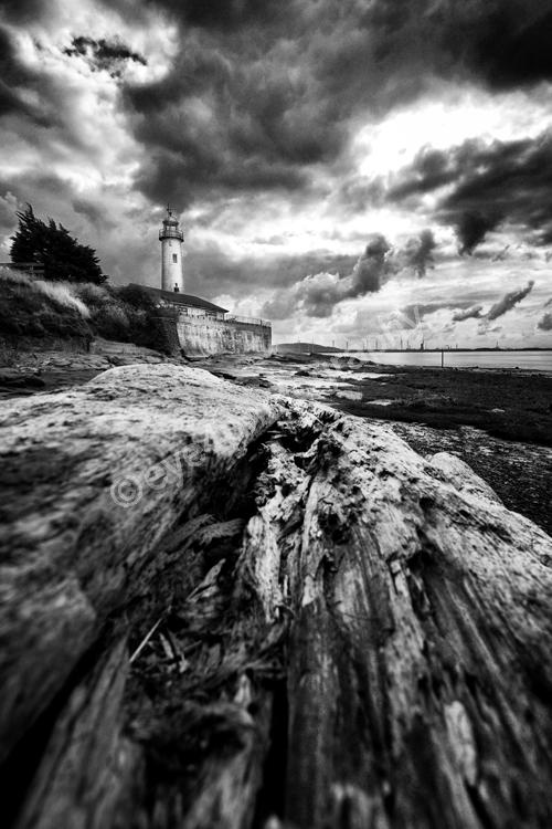 Hale lighthouse 1 (B&W)
