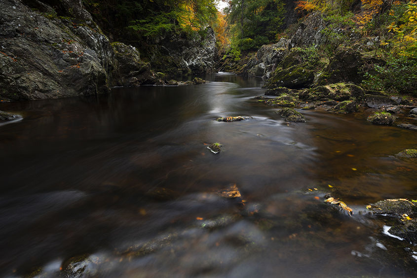 autumn at the rocks of solitude