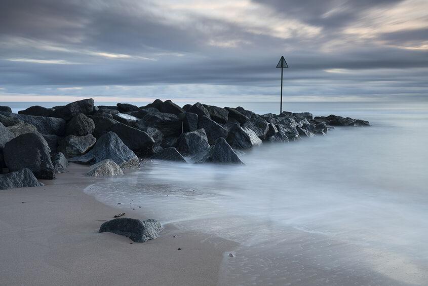 defences, montrose beach