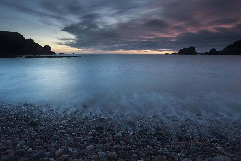 dunnottar beach sunrise