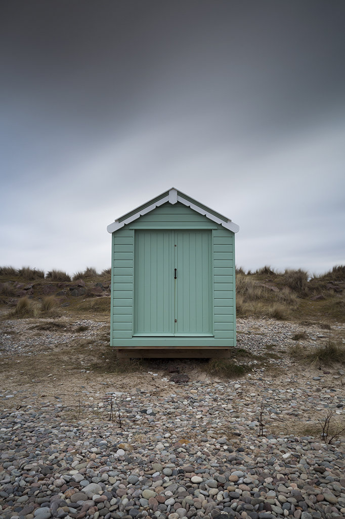 findhorn beach hut