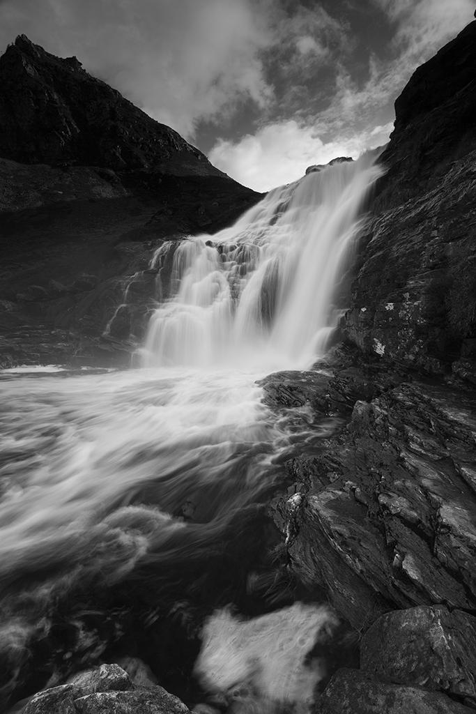 unich waterfall