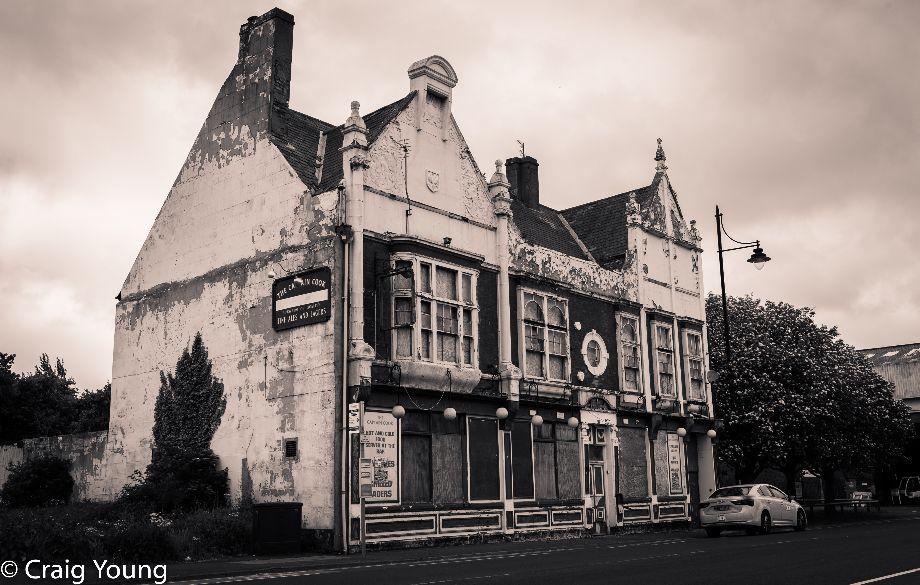 Pub (1 of 1)